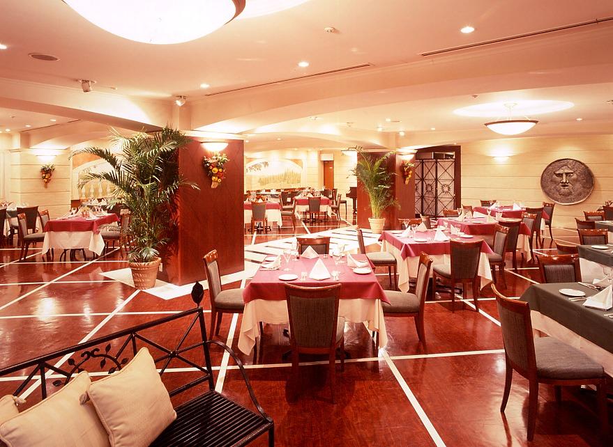 【横浜駅周辺】旬の食材を使った、バラエティー豊かなホテルレストランのブッフェやコース料理を、ゆこゆこ特別料金で