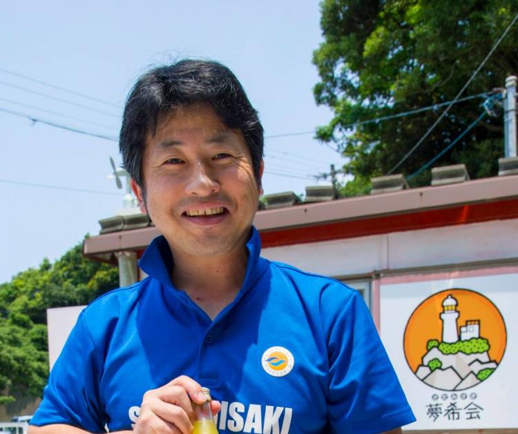 """""""うにまんじゅうの田村菓子舗""""の田村義孝さん"""